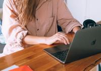 How I Quit My Job and Became a Copywriter